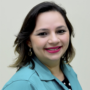 Dra. Fernanda Cinthia